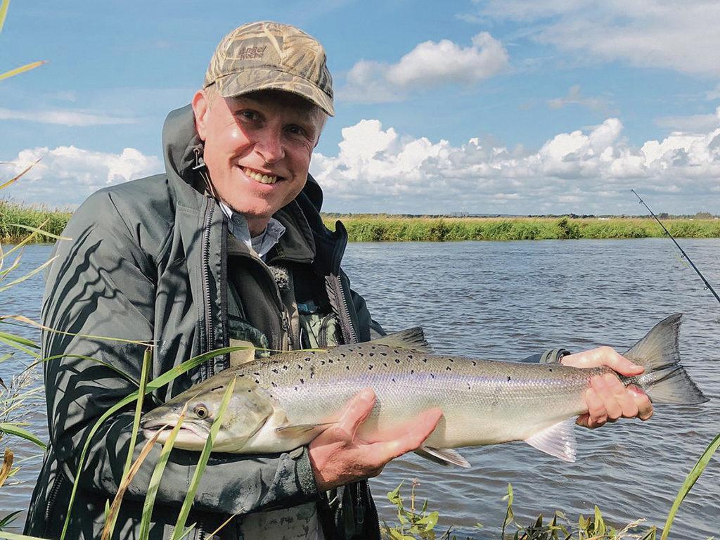 Im Frühjahr und Spätsommer bieten sich die besten Chancen, an der Skjern Au Lachse zu fangen. Foto: BLINKER
