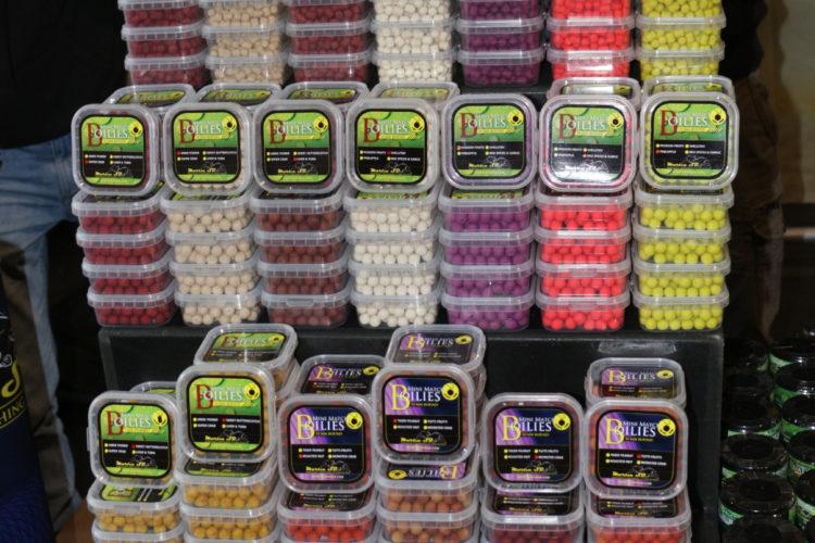 Micro-Boilies in allen erdenklichen Farben gab es bei Martin SB.