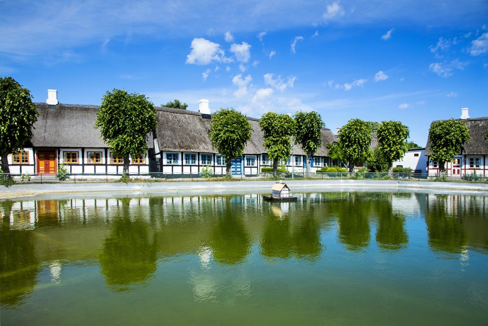 Das Dorf Nordby auf Samsø wurde in der Vergangenheit bereits zu Dänemarks besterhaltenem Dorf gewählt. Für uns Angler ist aber besonders die Küste des Dorfes interessant – an den Molen lässt es sich wunderbar auf Dorsch, Flunder und Kliesche angeln.