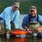 In den Flüssen von Nunavik erreicht der Arktische Saibling riesige Größen bis hin zum Lachs-Format!