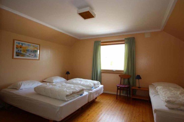 Die Schlafzimmer sind gemütlich eingerichtet. Gut ausgeschlafen angelt es sich schließlich am besten! Foto: Borks