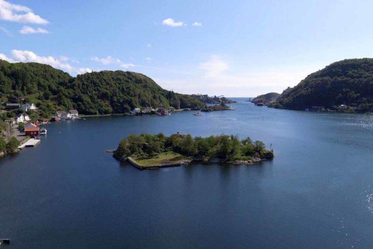 Die Landschaft rund um den Rekefjord ist absolut umwerfend. Foto: Borks