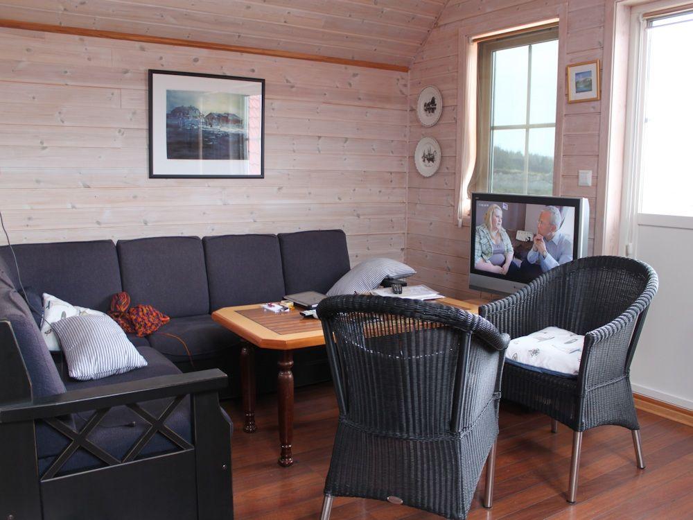 Das Ferienhaus von Borks ist modern eingerichtet. Der Stil ist klassisch skandinavisch – da kommen Urlaubsgefühle auf! Foto: Borks