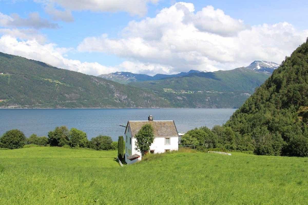 Das Ferienhaus von Borks bietet beste Voraussetzungen für einen Angelurlaub am Geirangerfjord! Foto: BORKS