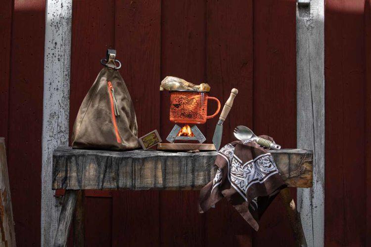 Das Camp Cooking-Set von Heldbergs ist nur eine von vielen Geschenkideen für ganze Kerle! Foto: Heldbergs