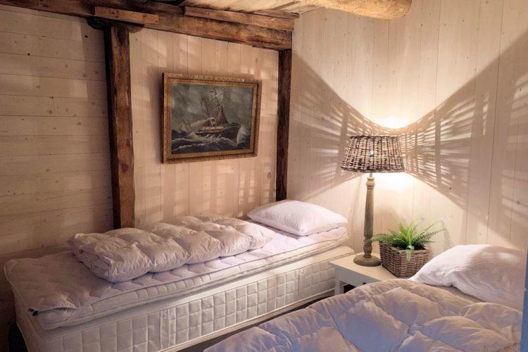 Im Schlafzimmer können Sie sich vom Drillen erholen – und schonmal vom nächsten kapitalen Meeresräuber träumen! Fptp: Borks