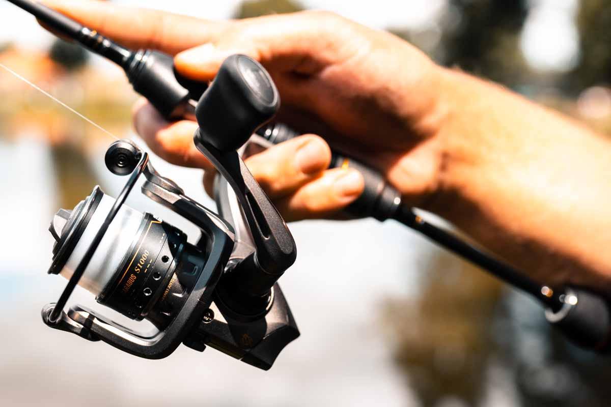 Die SX- und STX-Rollen von CARABUS verfügen über satte drei Kilo Bremskraft und eine Übersetzung von 5,2:1. Foto: Pure Fishing
