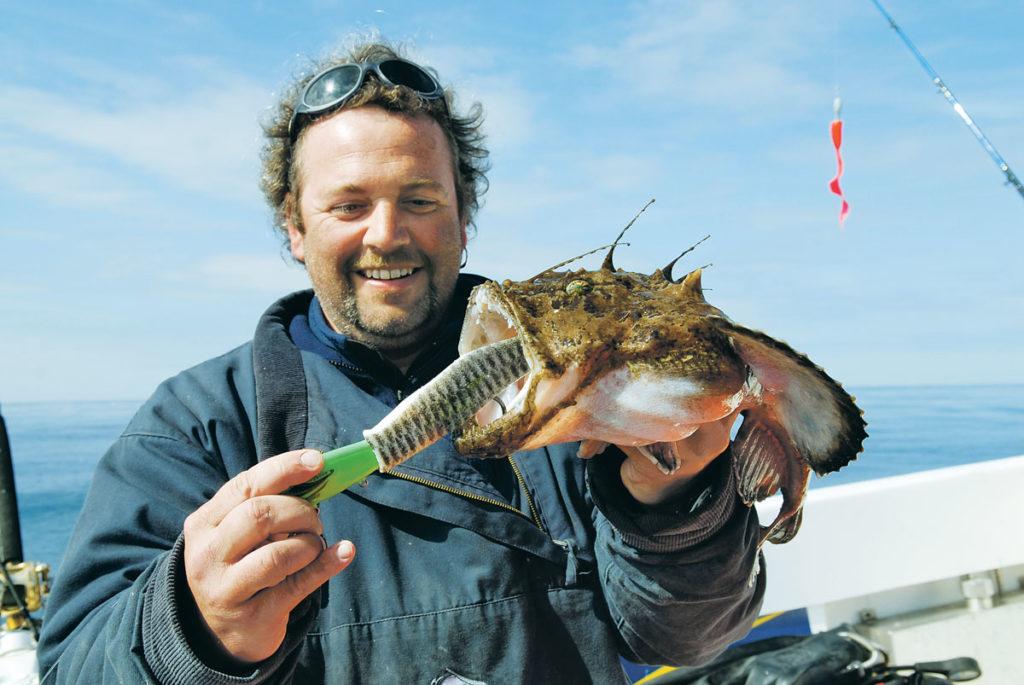 Der gezielte Fang eines Seeteufels gilt als nahezu unmöglich. Kutter&Küste-Chefredakteur Rainer Korn weiß allerdings, wie man die Chancen maximiert.