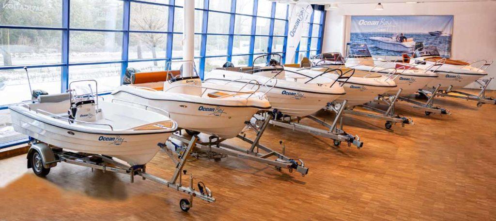 Die OceanBay-Reihe von AWN umfasst mehrere verschiedene Modelle. Im Rahmen der Testtage können Besucher zwei verschiedene Elektroboote testen. Foto: AWN