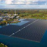 Einer der größten schwimmenden Solarparks befindet sich im niederländischen Sekdoorn. Foto: BayWa re