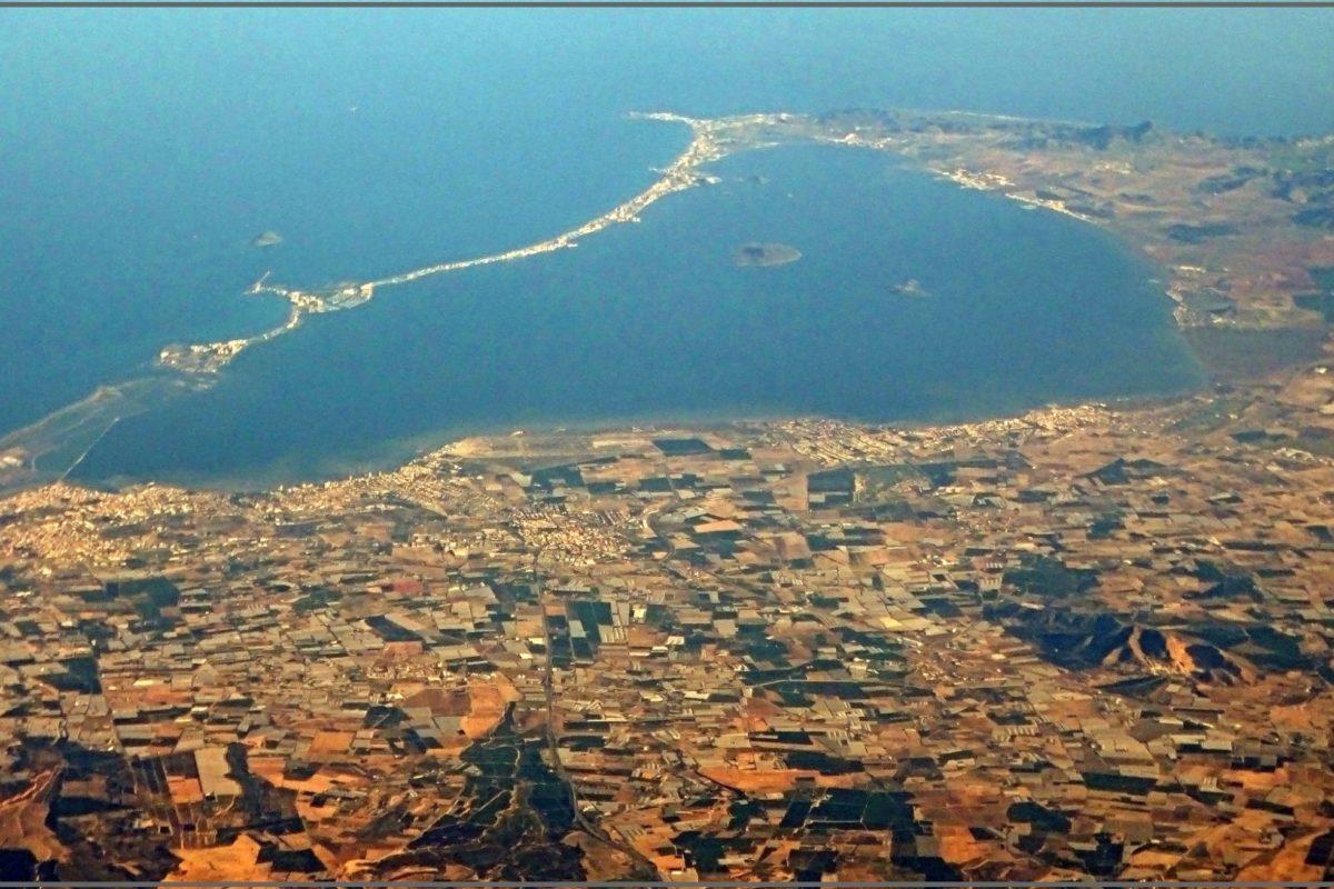 Am Mar Menor an der Südküste von Spanien kam es zu einem weiteren Fischsterben. Über fünf Tonnen Fisch wurden angespült. Foto: Jose A. / Flickr